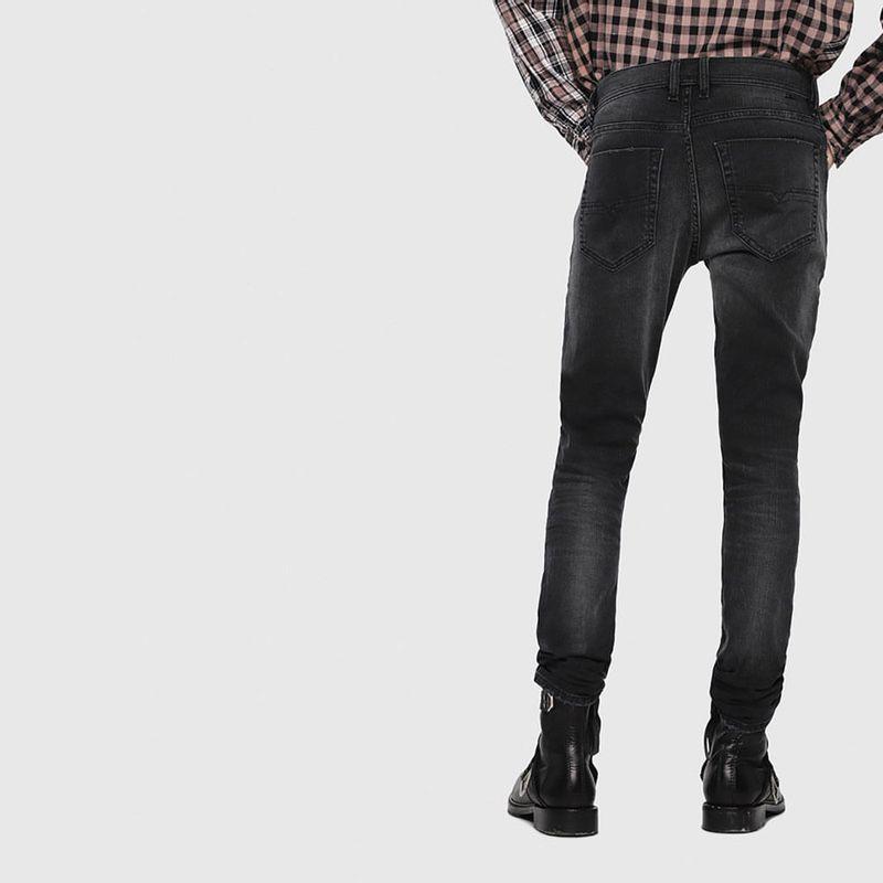 Jeans-Hombres_00CKRIC69DW_02_2