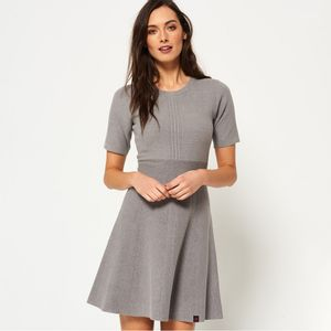 LEXI FIT AND FLARE KNIT DRESS PARA MUJER SUPERDRY